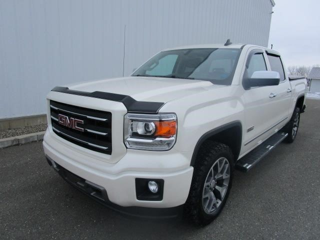 2015 GMC SIERRA 1500 SLE in Grand Falls-Grand-Sault, New Brunswick