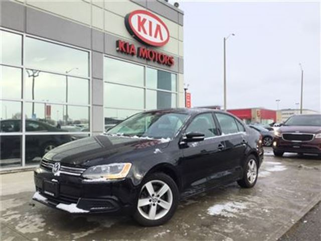 2014 VOLKSWAGEN JETTA Comfortline ROOF AUTOMATIC in Cambridge, Ontario