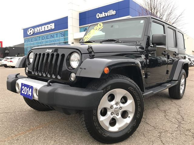 2014 JEEP WRANGLER Unlimited SAHARA  4WD  M\T  NAVI  NO ACCIDENT in Oakville, Ontario