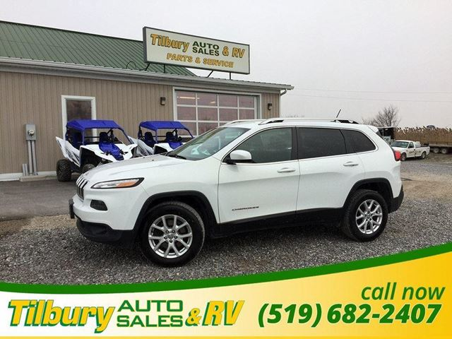 2015 JEEP CHEROKEE North. ALL TERRIAN. BLUETOOTH. CLEAN. in Tilbury, Ontario