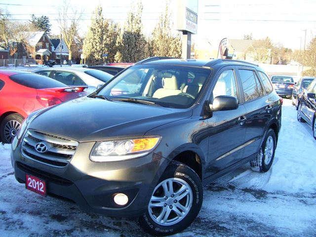 2012 HYUNDAI SANTA FE GL,AWD,Tinted,Fog lights in Kitchener, Ontario