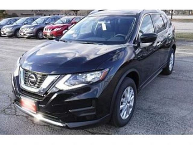 2018 Nissan Rogue ROGUE SV TECH in Mississauga, Ontario