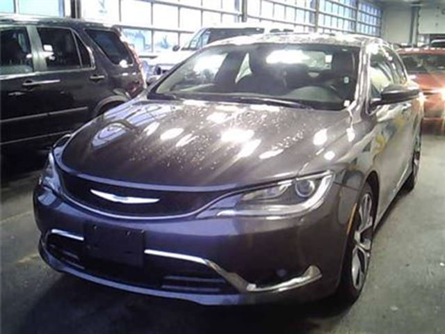 2016 CHRYSLER 200 C   LEATHER   ROOF   NAV   HEATED SEATS in London, Ontario