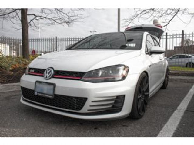 2015 VOLKSWAGEN GOLF GTI 5dr Performance in Mississauga, Ontario