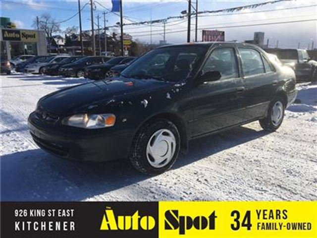 2000 TOYOTA COROLLA VE/A RECENT TRADE IN/PRICED FOR A QUICK SALE in Kitchener, Ontario