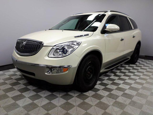 2012 BUICK ENCLAVE CXL AWD Seats 7 - Local Edmonton Trade In | No Accidents | 2 Sets of Rims and Tires | Navigation | Back Up Camera | Parking Sensors | Power Sunroof | Rear Skylight | Heated/Cooled Front Seats | Leather Seats | 3 Zone Climate Control with AC | Bluetoo in Edmonton, Alberta