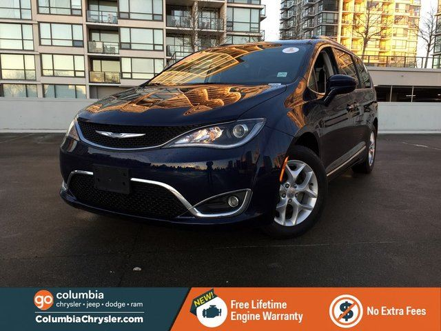2017 CHRYSLER PACIFICA TOURLP in Richmond, British Columbia