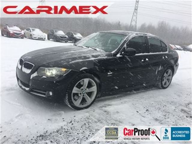 2011 BMW 3 SERIES xDrive 6 SPEED  AWD   CERTIFIED in Kitchener, Ontario