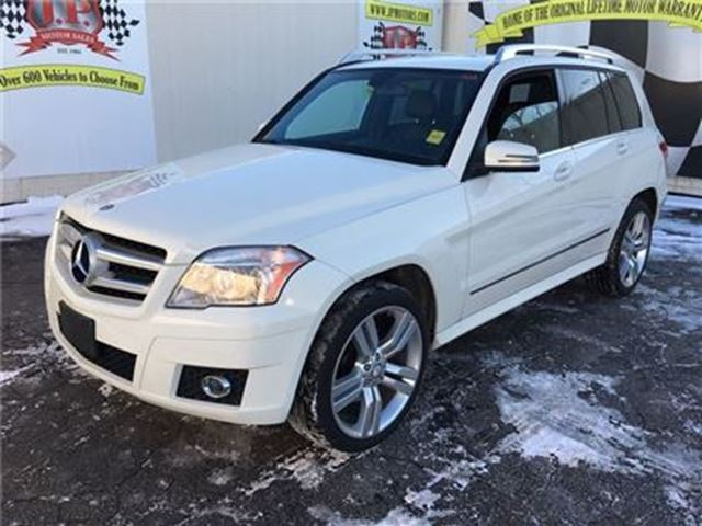 2011 MERCEDES-BENZ GLK-CLASS 350, Auto, Leather, Sunroof, AWD 53, 000km in Burlington, Ontario