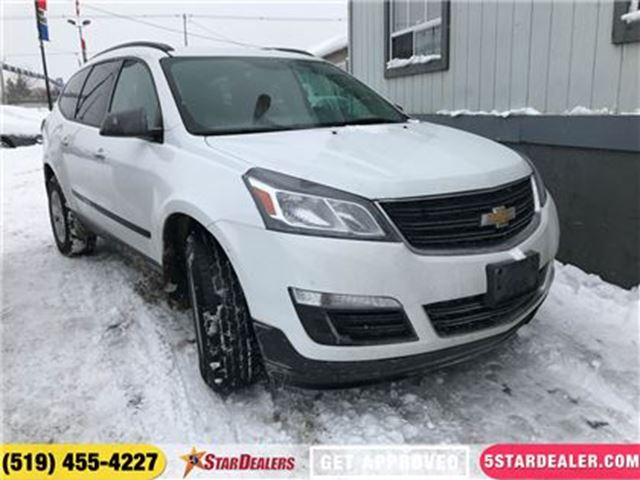 2017 CHEVROLET TRAVERSE LS   ONE OWNER   8PASS   AWD in London, Ontario