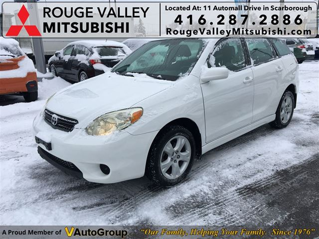 2005 TOYOTA MATRIX XR AWD, BODY IN GREAT SHAPE !!!! in Scarborough, Ontario