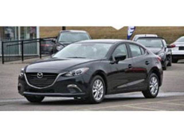 2016 MAZDA MAZDA3 GS SkyActiv Well equipped Like New in Mississauga, Ontario
