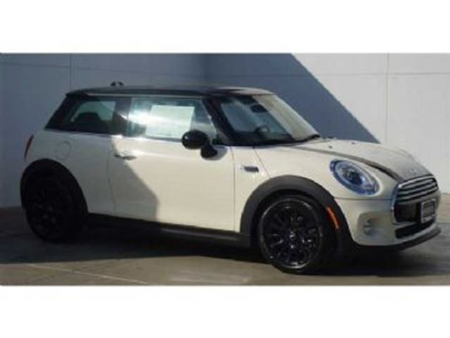 2015 MINI COOPER Essential Package, Manual-6 Speed, Wear Protection in Mississauga, Ontario