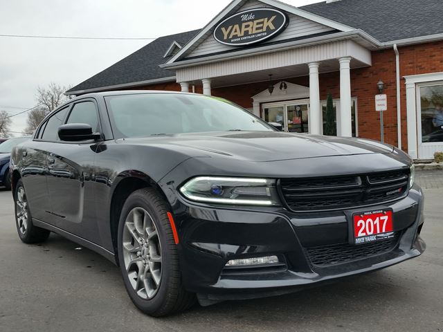 2017 DODGE CHARGER SXT RALLYE, NAV, Sunroof, Back Up Cam, Remote Start, Heated Seats in Paris, Ontario