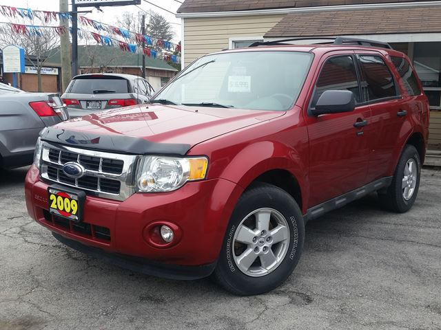 2009 FORD Escape XLT in Hamilton, Ontario