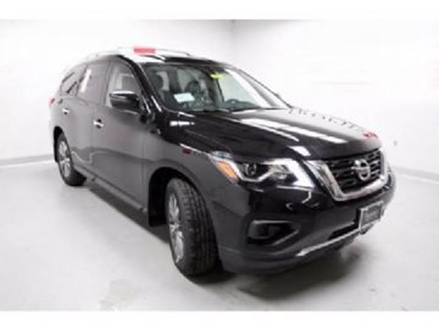 2017 NISSAN PATHFINDER S 3.5L V6 284HP 4X2 in Mississauga, Ontario