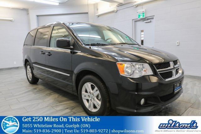 2017 DODGE GRAND CARAVAN CREW 7-PASS! QUAD CAPTAIN CHAIRS! STOW N GO! REAR A/C+HEAT! PWR SEAT! BLUETOOTH! 17 ALLOYS! in Guelph, Ontario