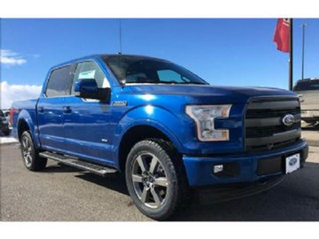 2017 FORD F-150 4WD  2.7L V6 SuperCrew LARIAT ~ LOADED in Mississauga, Ontario