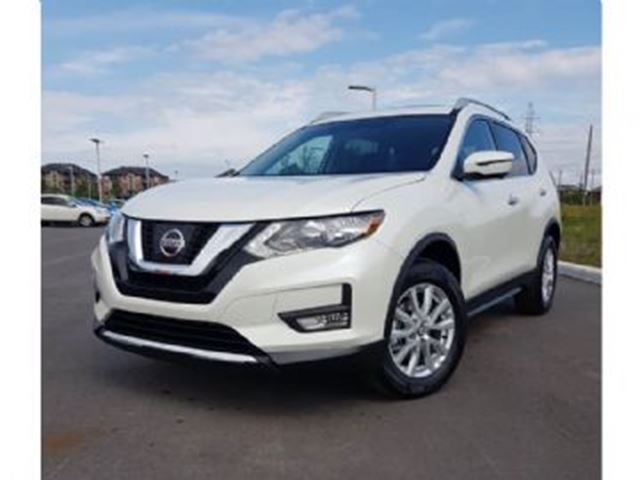 2017 NISSAN ROGUE SV TECHNOLOGIE AWD NAVI Remote Starter in Mississauga, Ontario