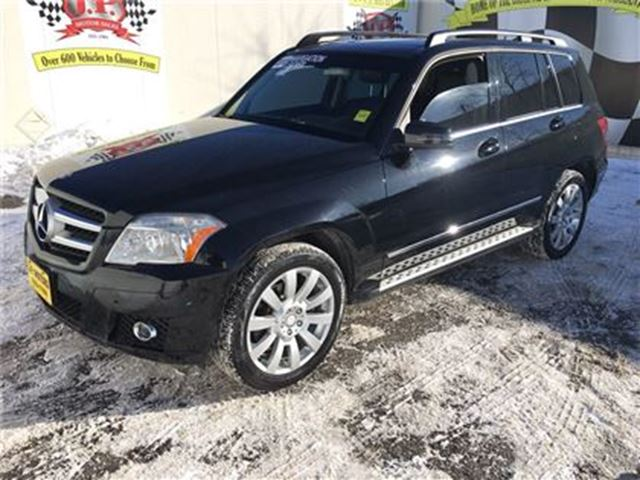 2010 MERCEDES-BENZ GLK-CLASS 350, Auto, Navigation, Leather, Sunroof, AWD in Burlington, Ontario