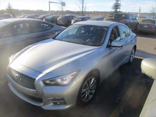 2014 INFINITI Q50 Premium, Navigation, Deluxe Touring * Technology in Kelowna, British Columbia