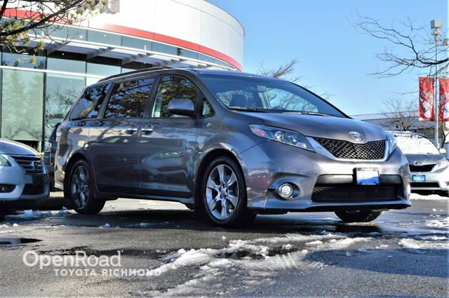 2015 TOYOTA Sienna Balance of factory warranty, Toyota certified,  in Richmond, British Columbia