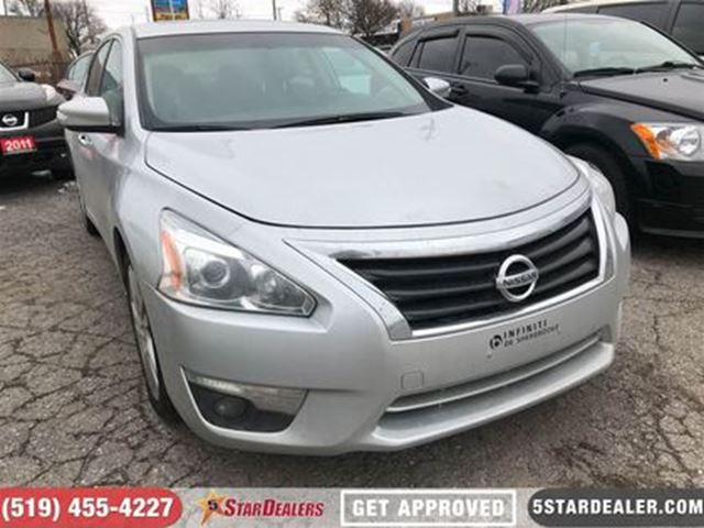 2013 NISSAN ALTIMA 3.5 SL   LEATHER   ROOF   CAM in London, Ontario