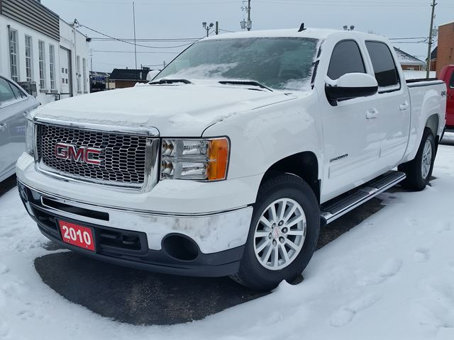 2010 GMC Sierra 1500 SLT,4 DR CREW,5.3,4X4,LEATHER,HEATED SEATS,REMOTE START,OWNLY 100,000 KLM in Dunnville, Ontario