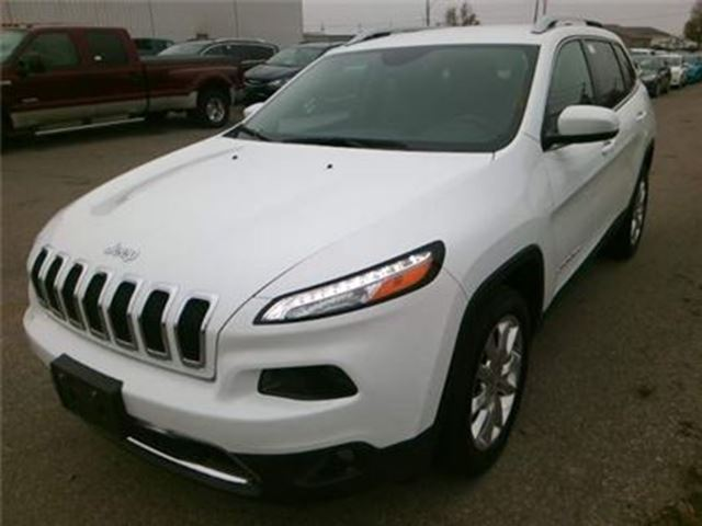 2017 JEEP CHEROKEE Limited / LEATHER / NAVIGATION in Fonthill, Ontario