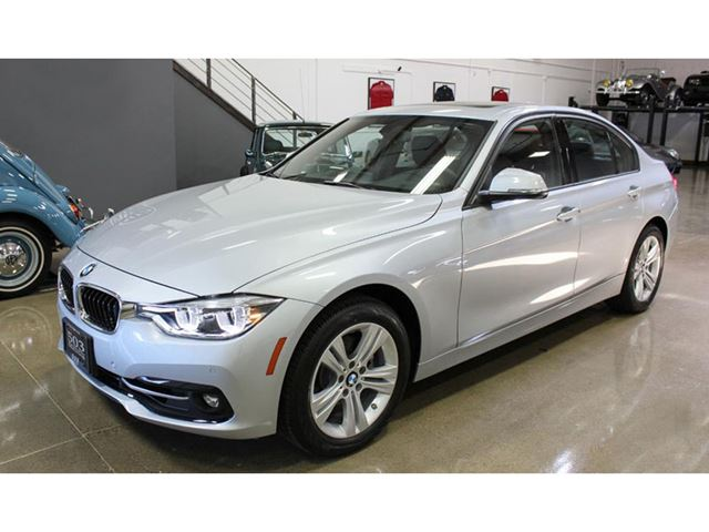 2016 BMW 3 Series 4dr Sdn 328i xDrive AWD in Mississauga, Ontario