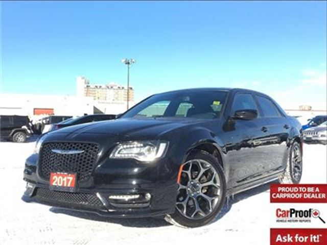 2017 CHRYSLER 300 S**LEATHER**SUNROOF**NAVIGATION**BLUETOOTH** in Mississauga, Ontario