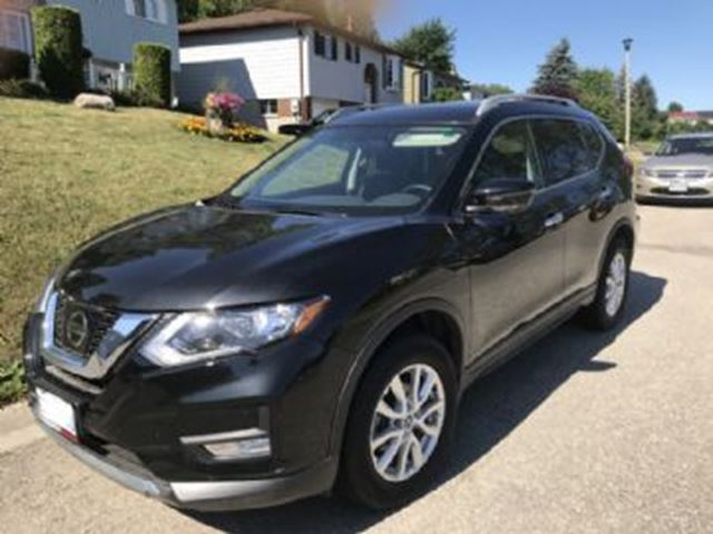 2017 nissan rogue sv awd w extended warranty winter tires black lease busters. Black Bedroom Furniture Sets. Home Design Ideas