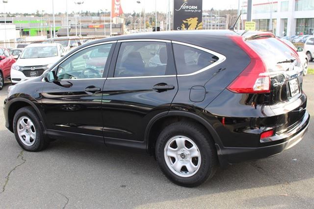 2015 HONDA CR-V LX 2WD CVT Bluetooth in Victoria, British Columbia