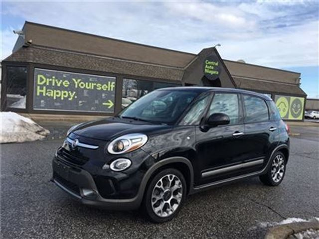 2014 FIAT 500L Trekking / SUNROOF / NAVIGATION in Fonthill, Ontario