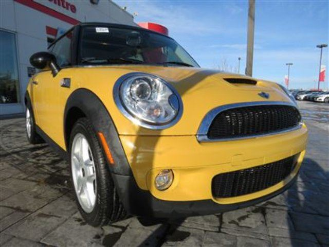2007 MINI COOPER Base *No Accidents, 3M, Local Vehicle* in Airdrie, Alberta