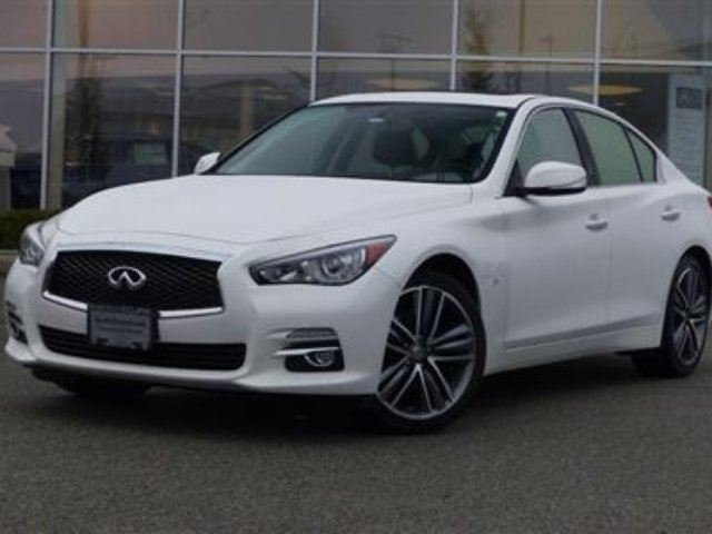 2015 INFINITI Q50 AWD *Limited Model* in North Vancouver, British Columbia