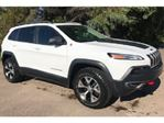 2016 Jeep Cherokee 3.2L TRAILHAWK, 4x4 w/ Towing Package in Mississauga, Ontario
