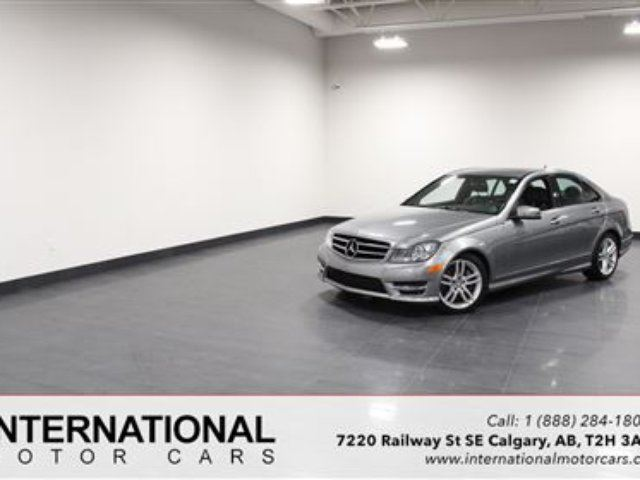 2014 MERCEDES-BENZ C-CLASS C300 4MATIC! EXCELLENT CONDITION! in Calgary, Alberta