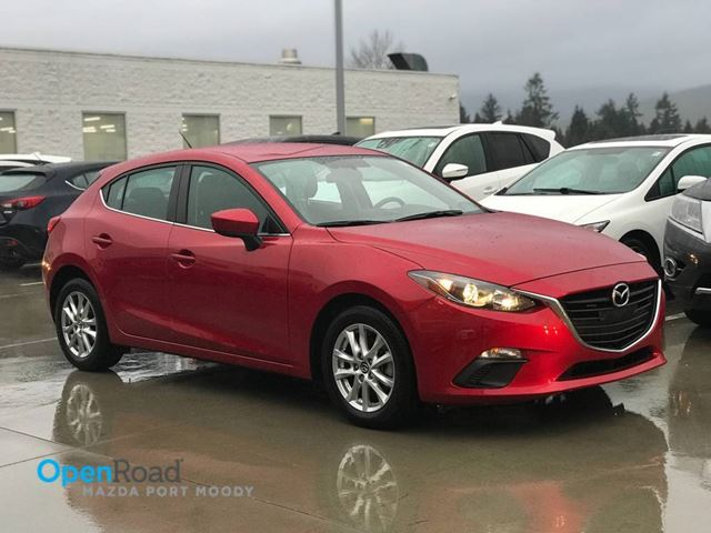 2015 MAZDA MAZDA3 GS HB A/T No Accident One Owner Local Bluetooth in Port Moody, British Columbia