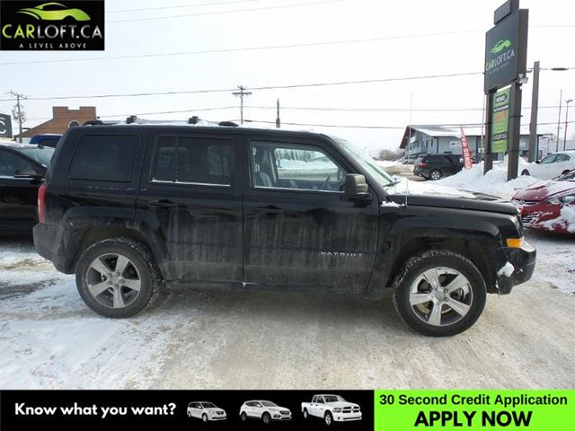 2016 JEEP PATRIOT Sport/North 4x4- UCONNECT * SUNROOF * HEATED SEATS in Kingston, Ontario