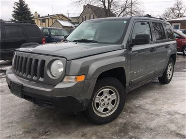 2011 JEEP PATRIOT Sport/North NICE LOCAL TRADE IN!! in St Catharines, Ontario