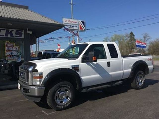 2009 Ford F-350 EXTENDED CAB DIESEL 4X4 !! in Welland, Ontario