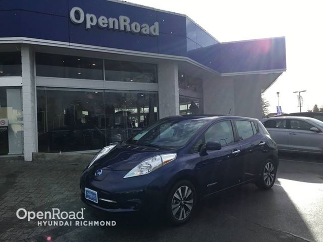 2017 NISSAN LEAF SV WITH LEATHER- ONLY 6700KM in Richmond, British Columbia