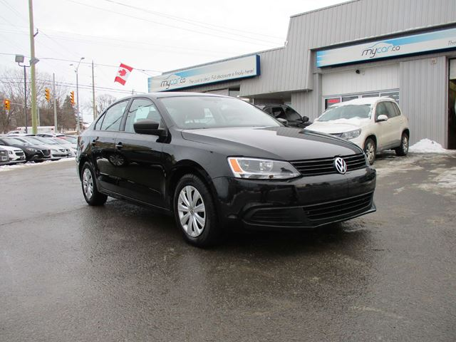 2013 VOLKSWAGEN JETTA 2.0L Trendline+ in Kingston, Ontario