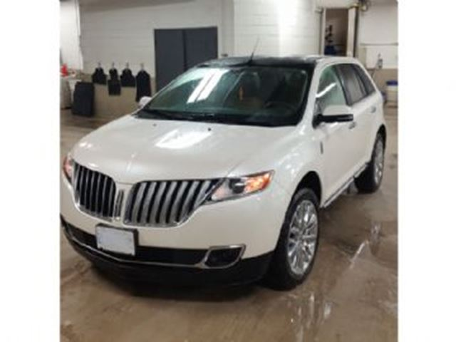 2015 LINCOLN MKX AWD w/Navigation / Panoramic Roof  +++ in Mississauga, Ontario
