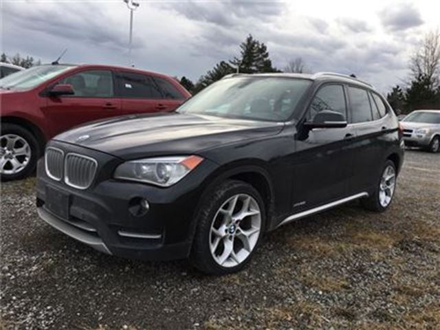 2014 BMW X1 xDrive28i / NAVIGATION / SUNROOF / AWD in Fonthill, Ontario