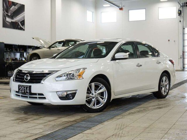 2014 NISSAN ALTIMA 2.5 SL w/Technology Package in Kelowna, British Columbia