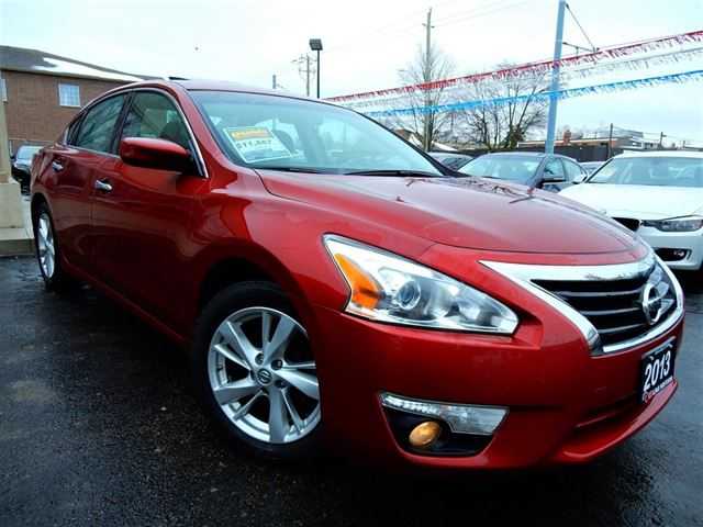 2013 Nissan Altima 2.5 SV  TECH PKG  NAVIGATION.CAMERA  P.SUNROOF in Kitchener, Ontario