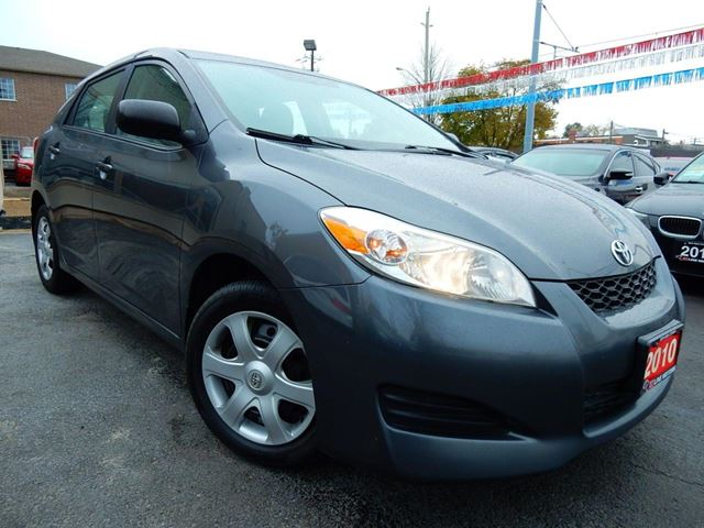 2010 TOYOTA MATRIX 5 SPEED  POWER GROUP  ONE OWNER  ACCIDENT FREE in Kitchener, Ontario