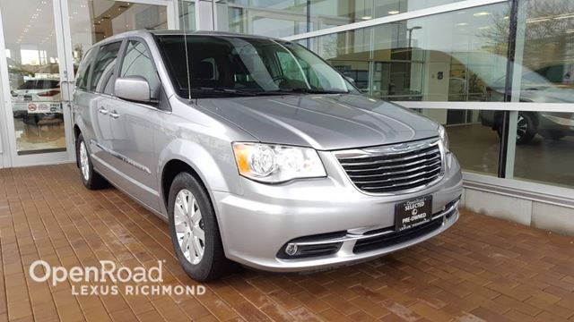 2013 CHRYSLER TOWN AND COUNTRY Touring in Richmond, British Columbia